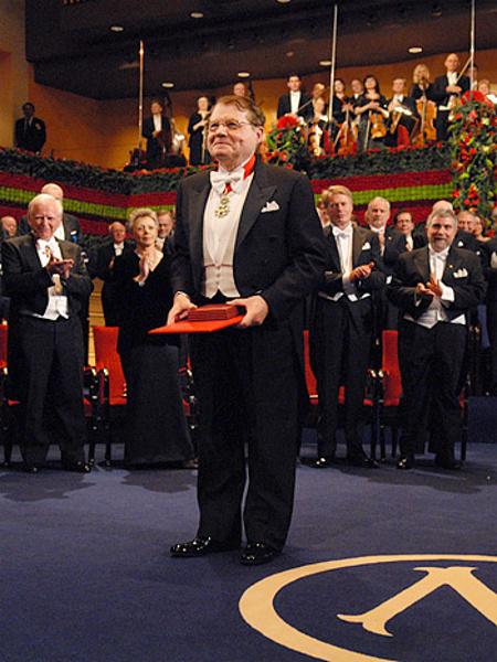 Pr. Luc Montagnier, Présentation de son Prix Nobel en Médécine et Physiologie, au Stockholm Concert Hall, 10 Décembre 2008